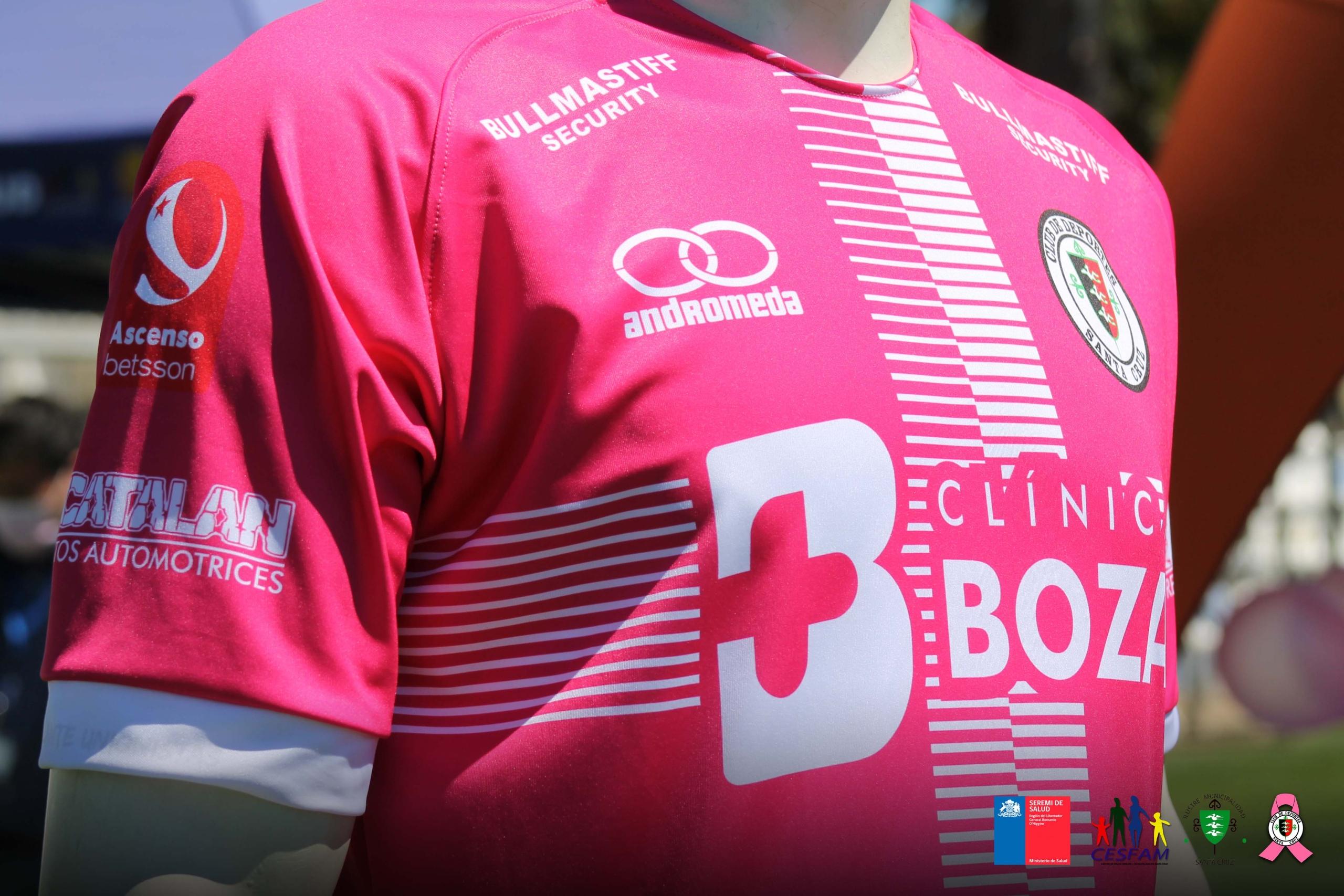 Nos vestimos de rosado por la sensibilización sobre el cáncer de mama